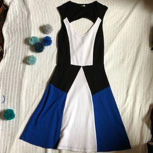 Venus sleeveless dress